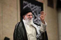 قائد الثورة يستقبل أعضاء المجمع الاعلى لقادة حرس الثورة