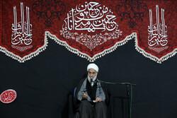 آرمانهای امام حسین(ع) در کربلا جهانی است