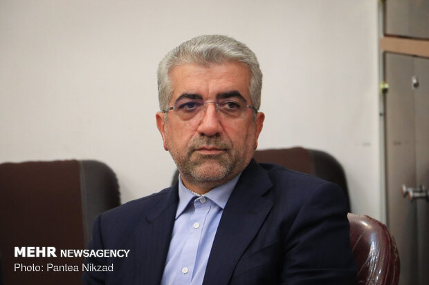 Iranian firms to rebuild Syria's water, electricity industry
