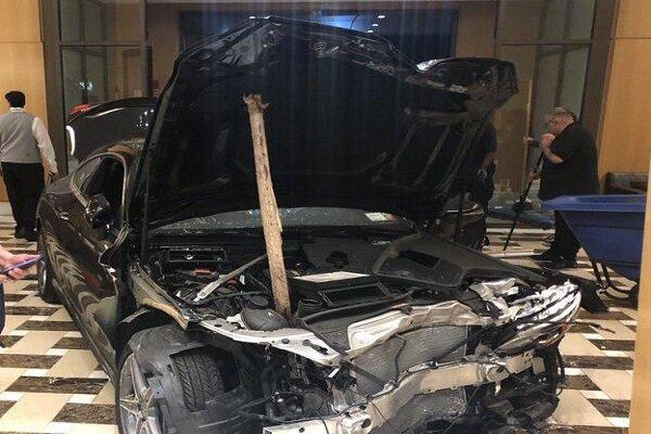 ورود خودرو به برج ترامپ در نیویورک/ ۳ نفر زخمی شدند