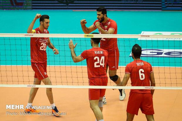 Iran vs India at 2019 Asian Volleyball C'shipتیم های والیبال ایران و هند