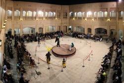 نمایش میدانی «علمداران» با حضور ۱۰۰ هنرمند بومی اجرا می شود