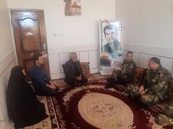 سرلشکر موسوی با خانواده شهید محمد مرادی دیدار کرد
