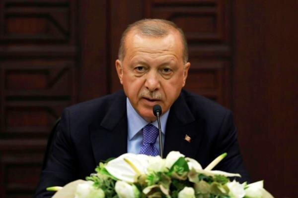اردوغان: با پوتین درباره منطقه امن صحبت می کنم
