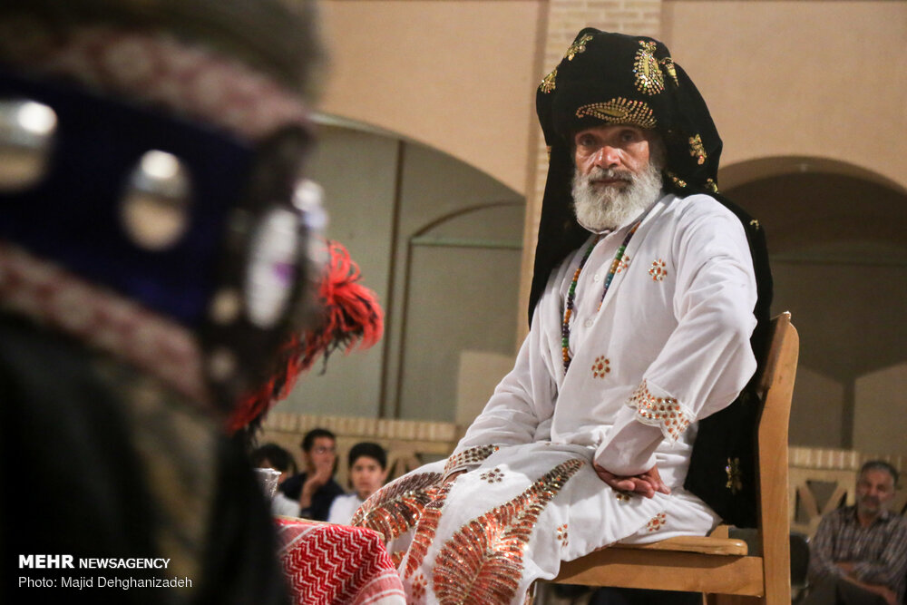 اجرای تعزیه «با کاروان نور» در یزد