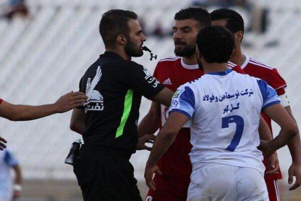 درگیری خانزاده و برزای/ بنر جالب هواداران شیرازی تراکتور
