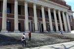 آمریکا از ورود ۱۲ دانشجوی ایرانی جلوگیری کرد