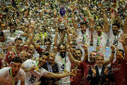 جشن قهرمانی تیم ملی والیبال ایران در مسابقات قهرمانی آسیا