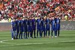 بازیکنان استقلال در رختکن حبس شدند