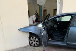 برخورد خودرو به ساختمان یک مسجد در شرق فرانسه/راننده بازداشت شد