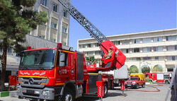 سقفهای کاذب ساختمان اداری آتش به پا کرد