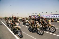 Meşhed'deki askeri geçit töreninden fotoğraflar