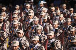 ميزانية الجيش والحرس الثوري تزداد في موازنة العام الايراني القادم