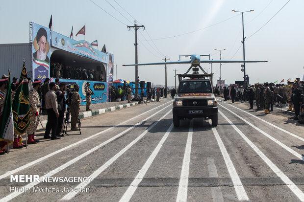 العرض العسكري للقوات المسلحة الايرانية في مدينة أهواز