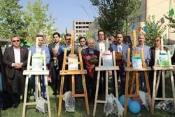 رونمایی از مجموعه کتاب «مهارت های زندگی» در شیراز