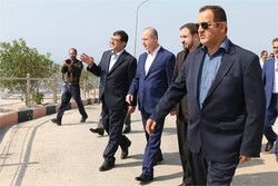 Syrian petroleum min. pays visit to South Pars gas field