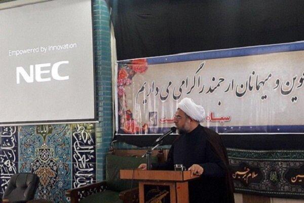هراس دشمن از توان دفاعی ایران/ لزوم تقویت روحیه جهاد و ایثار
