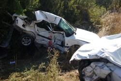 تصادف پژو پارس ها در محور یاسوج به شیراز یک کشته و هفت مصدوم داشت