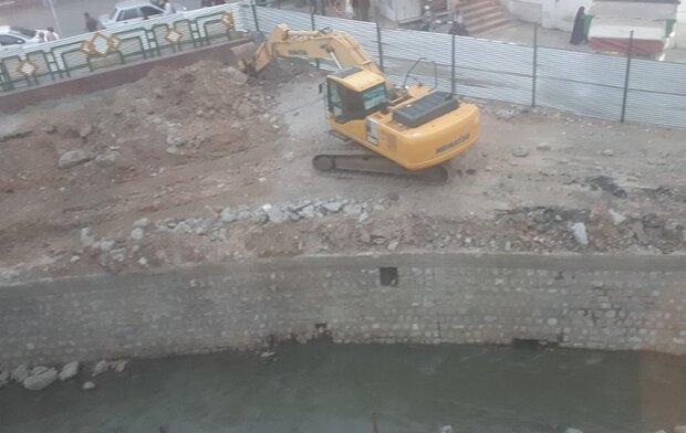 ساماندهی آبشوران در پارکینگ شهرداری مهر ماه پایان مییابد
