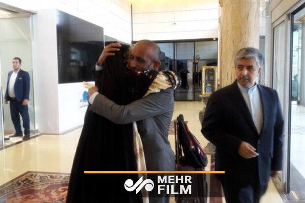 عودة البحار الايراني المختطف على يد القراصنة الصوماليين / فيديو
