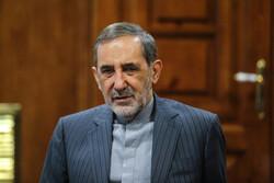 Adviser: No difference between GOP, Democrats on Iran