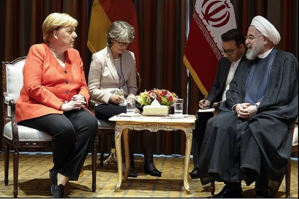 Rouhani, Merkel discuss HOPE, accelerating INSTEX