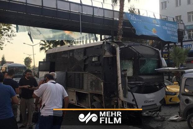 ترکی کے جنوب میں پولیس گاڑی کے راستے میں دھماکہ