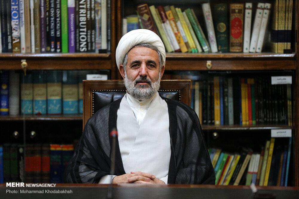 سخنان روحانی بیتقوایی سیاسی است/ میخواهد ناکارآمدی دولت را پنهان کند