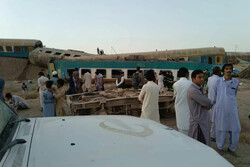 Zahedan-Tehran train derails, kills 4
