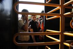 حاشیه هایی از ورود هواداران پرسپولیس به ورزشگاه آزادی
