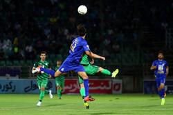 حضور جیمی جامپ در آغوش حسینی/ گریه های مهاجم گل نزنِ استقلال