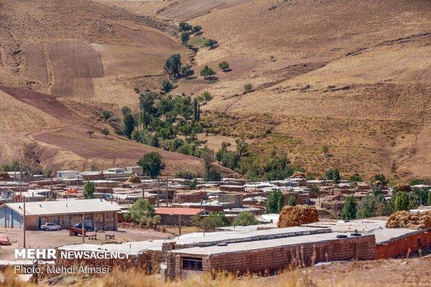 توزیع ۲۴۰ دستگاه لوازم ضروری زندگی در مناطق محروم اردبیل