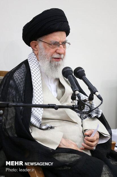 استقبال قائد الثورة لاعضاء مجلس خبراء القيادة