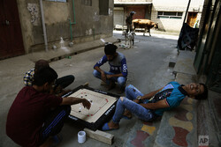 کشمیر میں دستی بم حملے میں 6 افراد زخمی