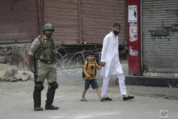 هند محدودیتهای اعمال شده در کشمیر را لغو میکند
