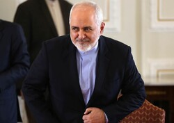Zarif says was able to speak to Iran's UN envoy 'thanks to technology'