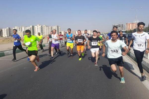 مسابقات دو صحرانوردی در محمدیه برگزار شد