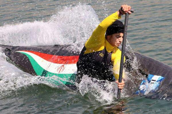 مسابقات قایقرانی کانو تک نفره در بندرعباس آغاز شد