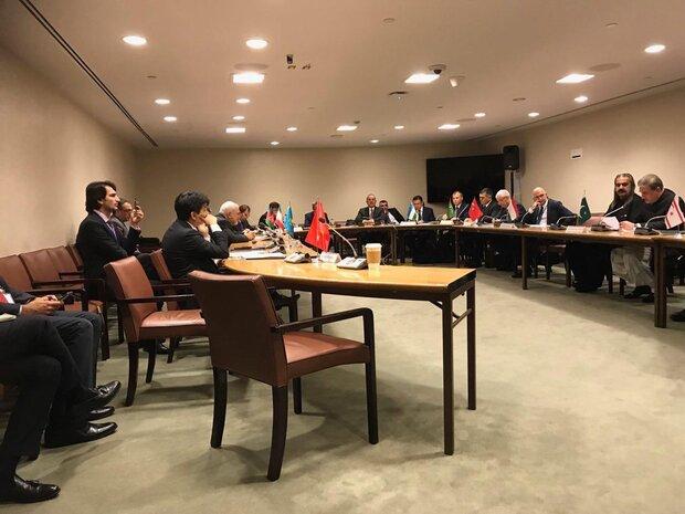 ظریف در نشست وزرای خارجه عضو سازمان همکاریهای اکو حضور یافت