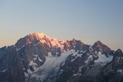 یخچال طبیعی کوه مونت بلان هم فرو می ریزد