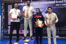 جایزه ۳ هزار دلاری ملیپوش شمشیربازی در مسابقات بینالمللی اصفهان