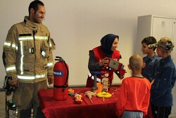 آرزوی کودکان محک در دیدار با قهرمانان آتشنشان