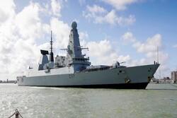 ناوشکن نیروی دریایی انگلیس از تنگه هرمز به پایگاه خود بازگشت