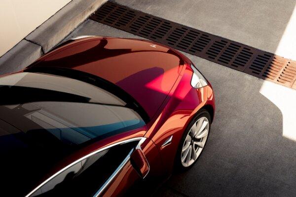 رشد ۵۰ درصدی فروش خودرویهای برقی تسلا در سال ۲۰۱۹