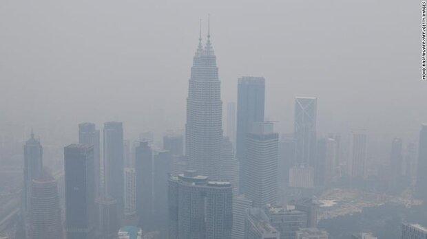 دود آتش اندونزی در چشم مالزیاییها