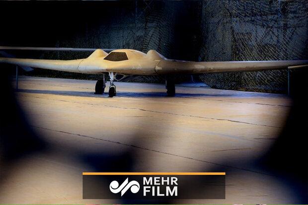 ایران میں غنیمت میں پکڑے گئے ڈرونز کی نمائش