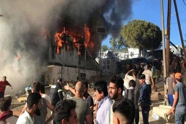 آتشسوزی مرگبار در اردوگاهی در یونان/ درگیری پناهجویان با پلیس
