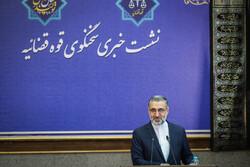 İran: Yabancı uyruklu mahkumlara da ev izni verdik