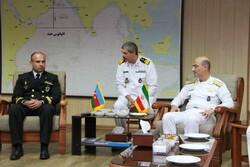"""قائد القوة البحرية الاذربيجانية يلتقي بقادة ايرانيين في """"بندر عباس"""""""