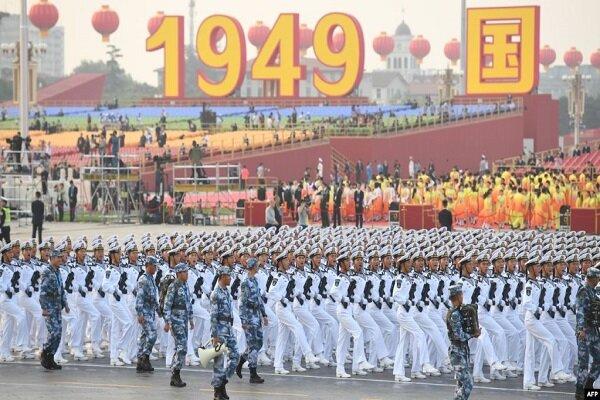 Çin'den 70'inci yıl dönümü kutlamalarında dünyaya gövde gösterisi